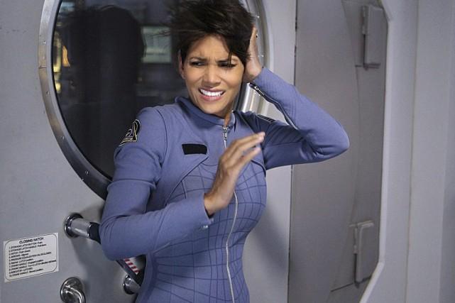 Dans la série Extant, une astronaute (Halle Berry)... (Photo: fournie par CBS)