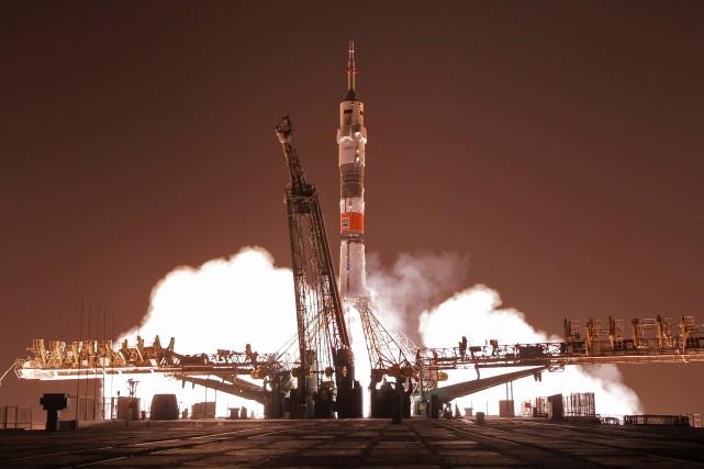 Le voyage de la fusée Soyouz (photo)doit permettre... (Photo archives AP)