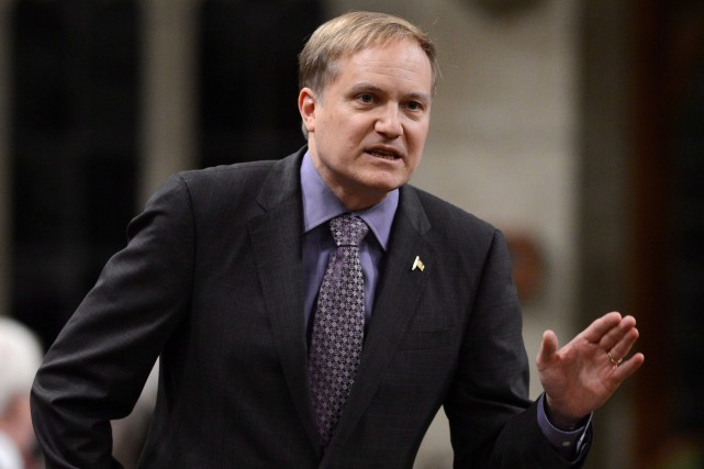 Le leader parlementaire du NPD, Peter Julian, a... (Photo Sean Kilpatrick, PC)
