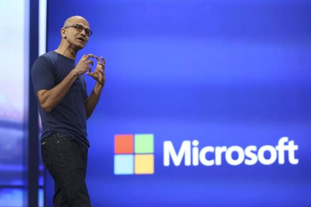 Le directeur général de Microsoft, Satya Nadella... (Photo Robert Galbraith, Reuters)
