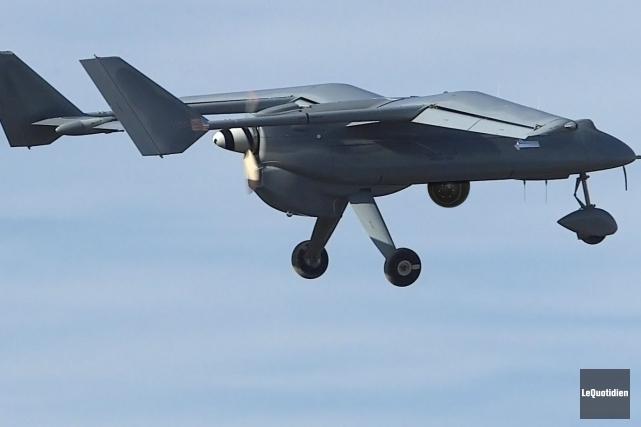 Les drones sont des aéronefs télécommandés qui peuvent... (PHOTO ARCHVIES LE QUOTIDIEN)