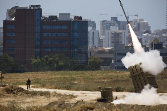 Le système de défense israélien Dôme de fer... (PHOTO AMIR COHEN, REUTERS)