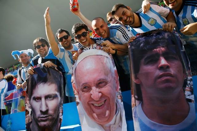 Dimanche au Maracana, les supporteurs argentins voudront croire... (Photo Kai Pfaffenbach, Reuters)