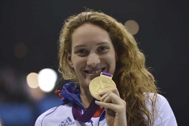 Camille Muffat souhaitait plus tôt participer aux Jeux... (PHOTO FABRICE COFFRINI, ARCHIVES AFP)