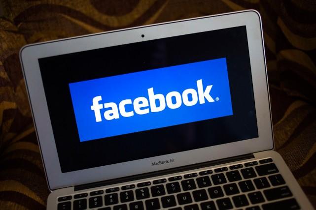 Huit administrateurs de page Facebook ont été condamnés à des peines... (PHOTO ERIC THAYER, REUTERS)