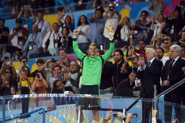 Manuel Neuer, gardien de l'Allemagne... (Photo PATRIK STOLLARZ, AFP)