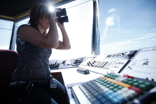 Une contrôleuse de l'air.... (Photo JIM URQUHART, REUTERS)