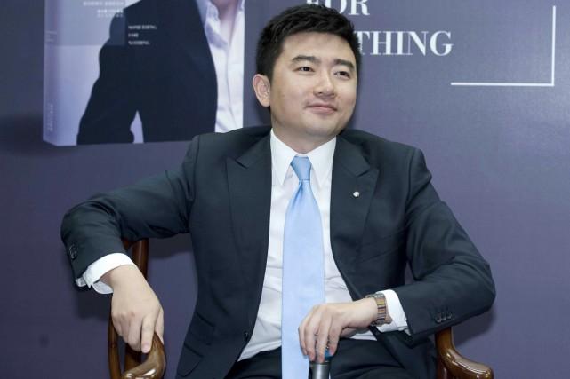 Les autorités ont «emmené» vendredi Rui Chenggang, 36... (PHOTO ARCHIVES AFP)