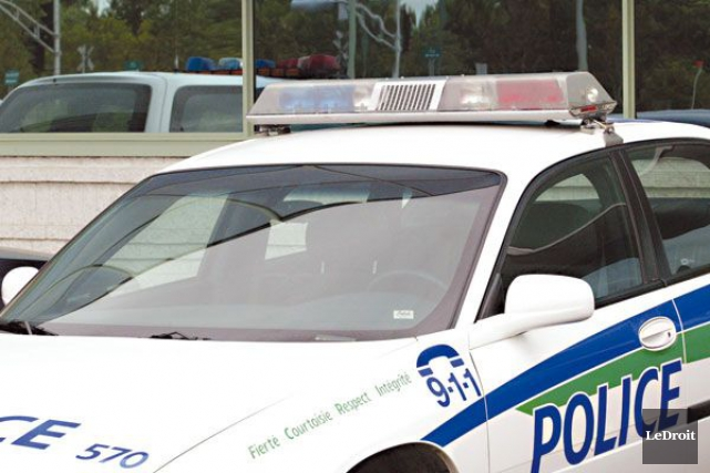 Le branle-bas policier qui a été déployé en début de nuit, jeudi, à Gatineau, a... (PHOTO ARCHIVES LE DROIT)