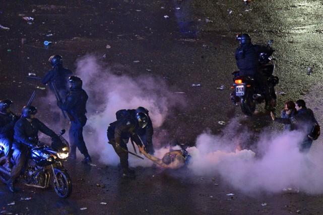 Après plusieurs heures de célébration à Buenos Aires,... (Photo Daniel Garcia, AFP)