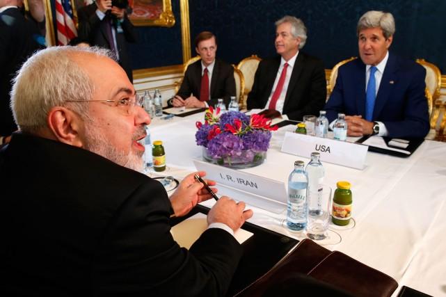 Le chef de la diplomatie iranienne Mohammad Javad... (Photo Jim Bourg, Reuters)