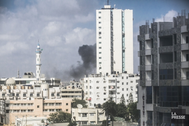 L'aviation israélienne a repris mardi après-midi le bombardement... (PHOTO OLIVIER PONTBRIAND, LA PRESSE)