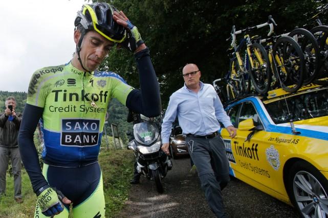 Alberto Contador s'est fracturé le tibia dans une... (Photo Christophe Ena, Reuters)