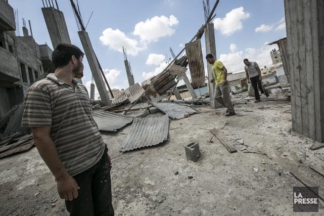 Au total, 194 Palestiniens ont été tués et... (PHOTO OLIVIER PONTBRIAND, LA PRESSE)