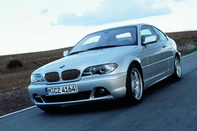 BMW Série 3 coupé de l'année-modèle 2003... (Photo fournie par BMW)