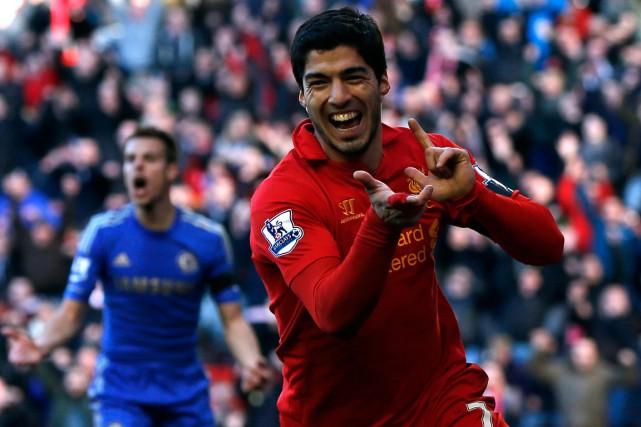 Luis Suarez ne pourra pas s'entraîner ni jouer... (Photo Phil Noble, archives Reuters)