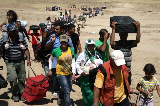 Quelque 600000 personnes ont été déplacées depuis la... (PHOTO SAFIN HAMED, ARCHIVES AFP)