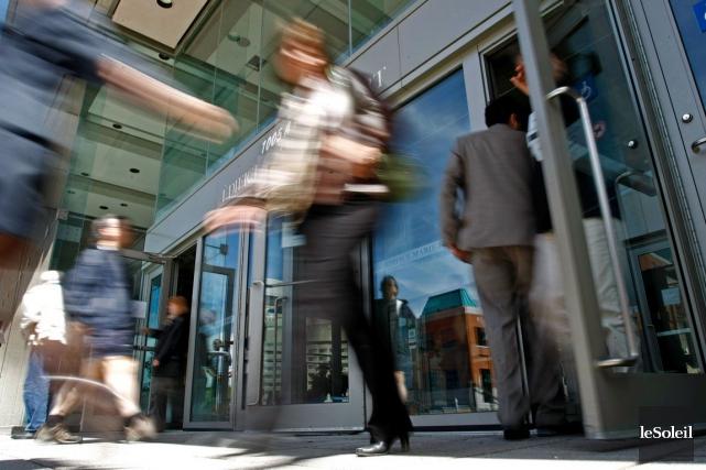 Plus de 400 000 employés de l'État sont... (Photothèque Le Soleil)