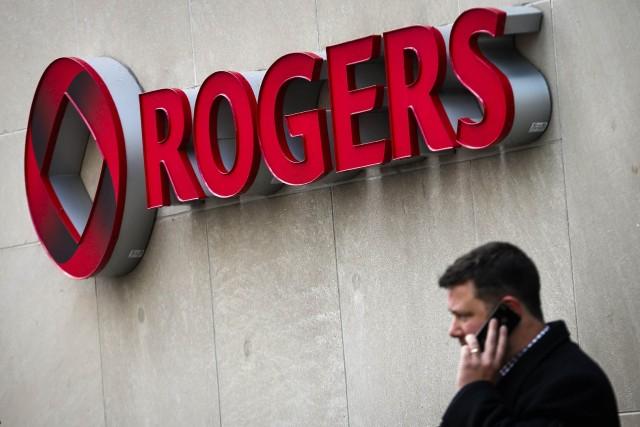L'an dernier, Rogers a reçu près de 175000... (PHOTO MARK BLINCH, REUTERS)