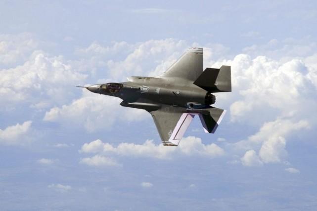 Lockheed Martin construit le fameux F-35 (notre photo),... (Photo AFP)