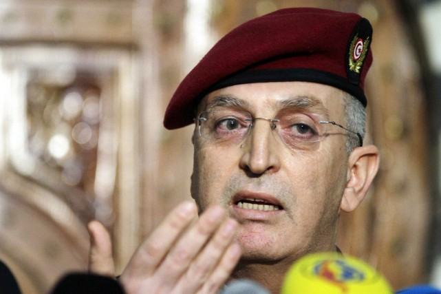 Le porte-parole du ministère de la Défense,Lamjed Hamami,... (PHOTO ANIS MILI, REUTERS)