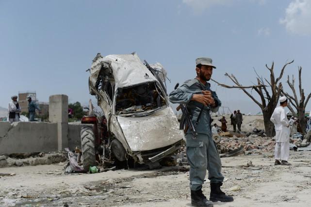 L'attentat à la voiture piégée survenu dans la... (PHOTO SHAH MARAI, AFP)