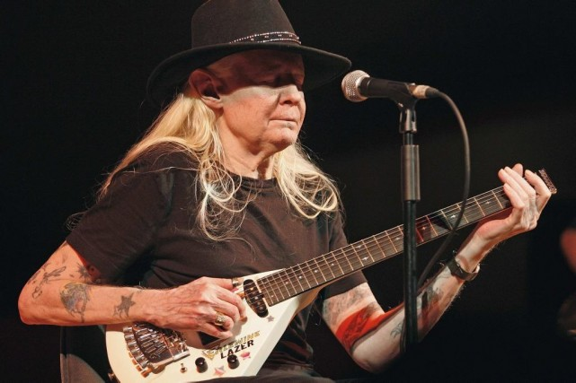 Johnny Winter en spectacle lors du Valencia Jazz... (Photo: archives Reuters)