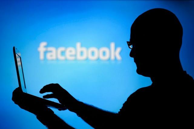 Les réseaux sociaux encouragent le débat, pas vrai? Pas si sûr... Une étude... (Photo: Dado Ruvic, archives Reuters)
