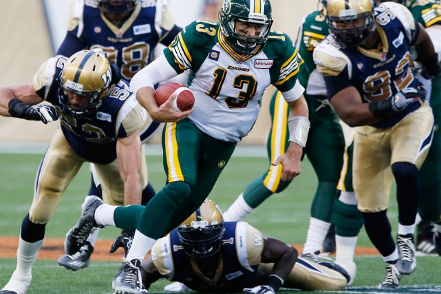 Mike Reilly des Eskimos d'Edmonton... (Photo John Woods, La Presse Canadienne)