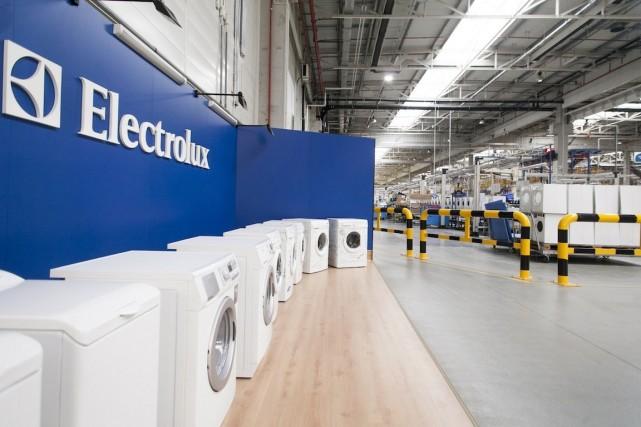 Le fabricant suédois d'appareils électroménagers Electrolux rapporte vendredi...