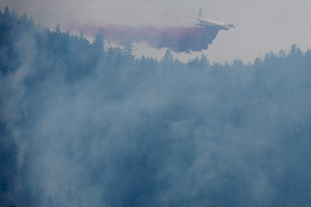 Les ressources et le personnel des services de lutte contre les incendies en... (Photo PC)