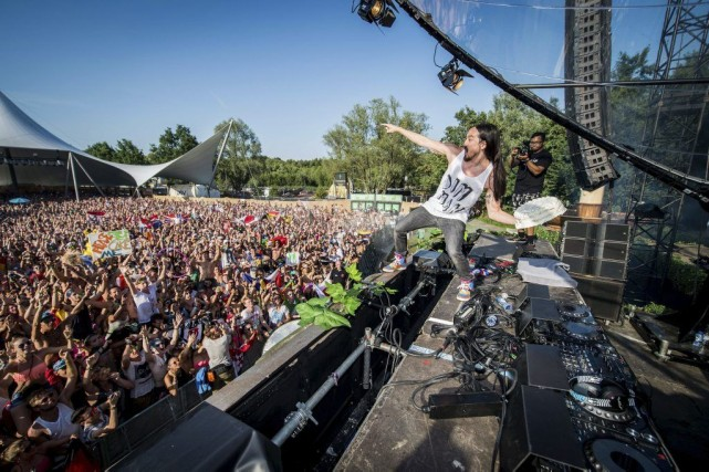 Le DJ Steve Aoki... (Photo: AFP)