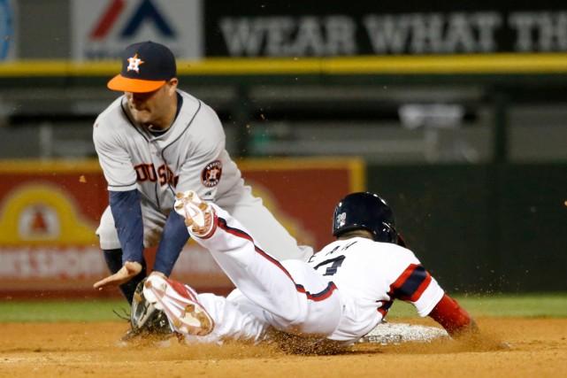 Alejandro De Azades White Sox de Chicago, à... (Photo Charles Rex Arbogast, associated press)