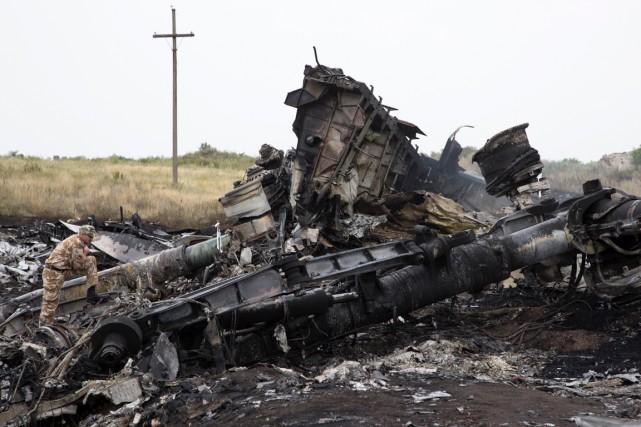 Le Boeing 777 de Malaysia Airlines s'est écrasé... (Photo Dmitry Lovetsky, Asssociated Press)