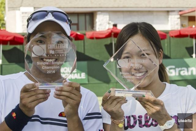 Les gagnants du Challenger de Granby Hiroki Moriya... (PHOTO STÉPHANIE MANTHA, LA VOIX DE L'EST)