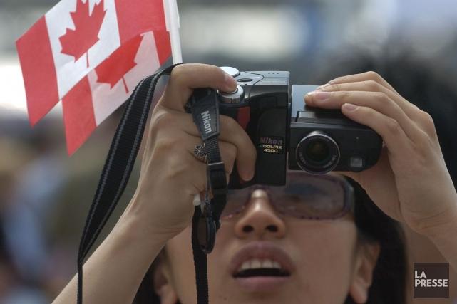 Ottawa a commencé à accepter 25 000 demandes... (Photo Bernard Brault, archives La Presse)