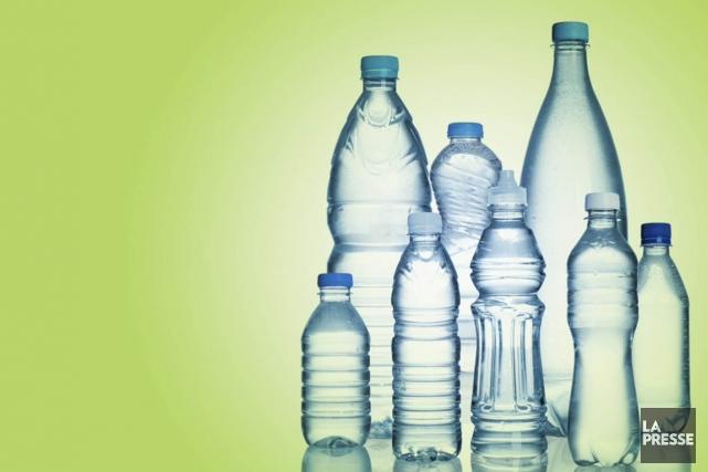 Le bisphénol A est présent dans plusieurs bouteilles... (Photomontage La Presse)