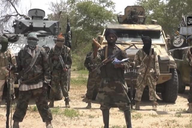 Le chef de Boko Haram Abubakar Shekau, au... (IMAGE TIRÉE D'UNE VIDÉO DE BOKO HARAM)