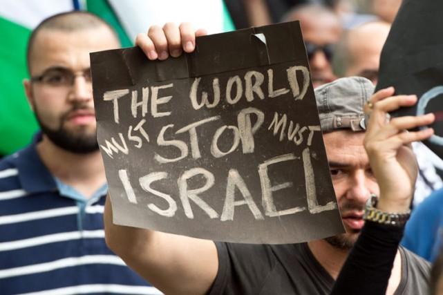 Une manifestation propalestinienne a eu lieu dimanche à... (Photo: AP)