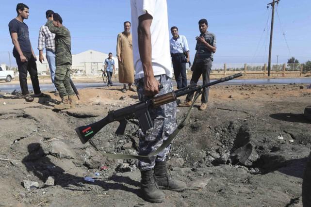 Ces violences risquent de plonger le pays dans... (Archives Reuters)
