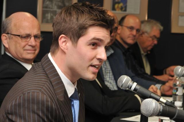 Âgé de 28 ans, Kyle Dubas devient l'adjoint... (Photo PC)