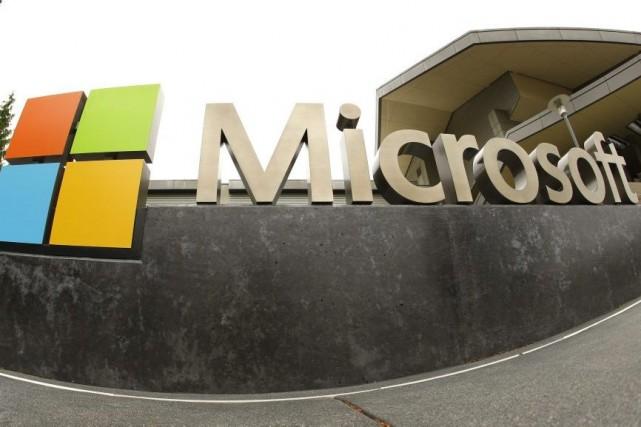 Le géant informatique américain Microsoft a publié mardi des résultats annuels... (Photo Ted S. Warren, AP)