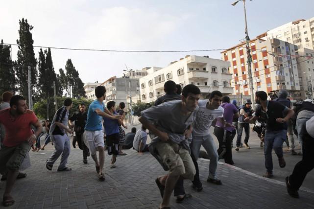 Sur le terrain, les frappes israéliennes ne faiblissaient... (Photo: Reuters)