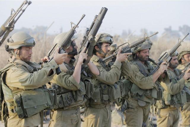 Selon un ex-militaire israélien, Tsahal n'est pas qu'une... (PHOTO JACK GUEZ, AFP)