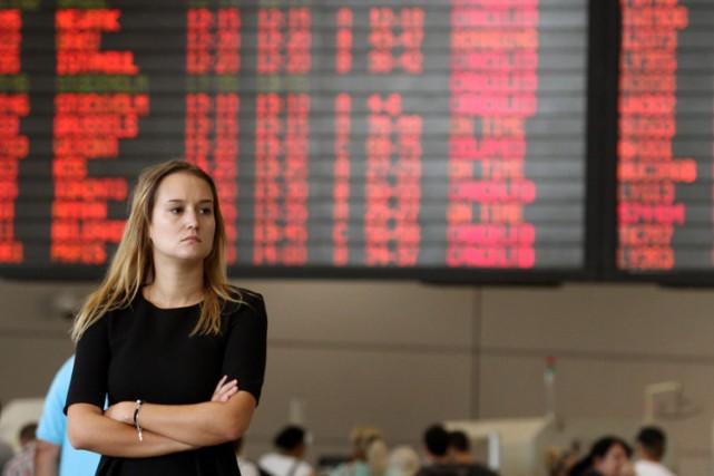 Un tableau d'affichage à l'aéroport international Ben-Gourion de... (Photo: AFP)