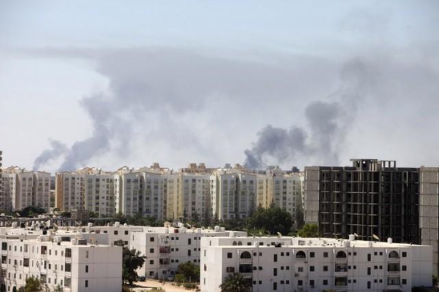 Les affrontements des derniers jours à Tripoli sont... (Photo: Reuters)