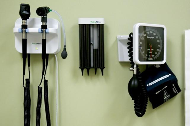 Le nombre de personnes sans assurance-maladie aux États-Unis a baissé de 10,3... (Photo: AP)