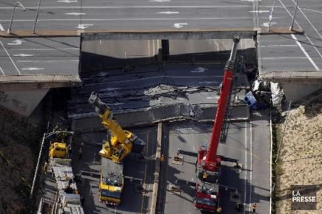 Le viaduc de la Concorde s'est effondré en... (PHOTO BERNARD BRAULT, ARCHIVES LA PRESSE)