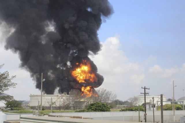 Dans un communiqué, la Pemex (Petroleos Mexicanos) estime... (Photo REUTERS)