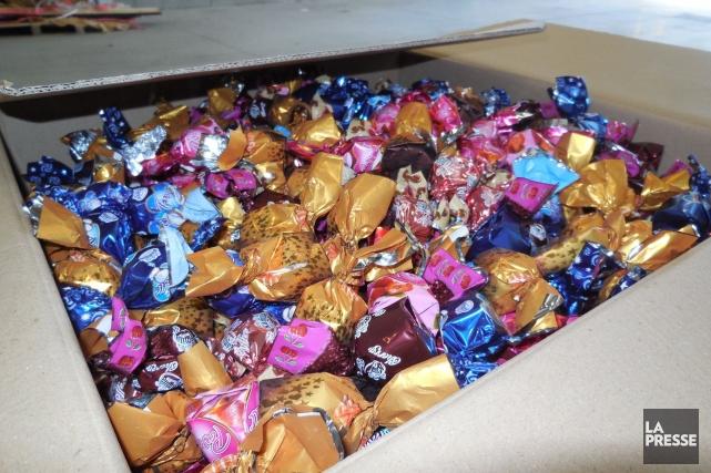 Plus de 200 kilogrammes de haschich dissimulés dans des boîtes de chocolat ont... (Photo fournie par la GRC)